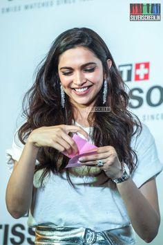 More pics of Deepika Padukone at Tissot watches event in Chennai. Indian Bollywood, Bollywood Stars, Bollywood Fashion, Bollywood Actress, Beautiful Indian Actress, Beautiful Actresses, Saudi Princess, Dipika Padukone, Disha Patni