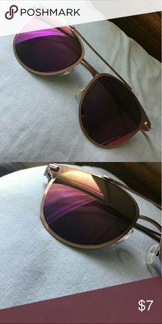 Sunglasses 🕶 Super cute reflective lens. Accessories Glasses