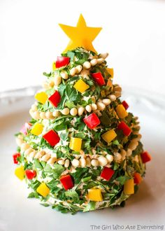 Turn your favorite cheese ball into a Christmas Cheese Tree! Super simple yet impressive cheese ball that might be too pretty to eat. It's four days before Christmas and I just wanted to share one more Christmas themed recipe before I take a break from the Internet to spend time with my family. It seems …