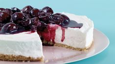 No-Bake Cherry Cheesecake Typical no-bake cheesecake made with cream cheese and mascarpone. The cherry topping looks really good. No Bake Desserts, Just Desserts, Dessert Recipes, Icebox Desserts, Healthy Desserts, Delicious Desserts, No Bake Cherry Cheesecake, Cheesecake Recipes, Martha Stewart