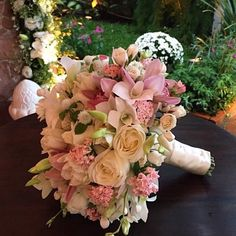 Wedding Bouquet #roses #pink #green