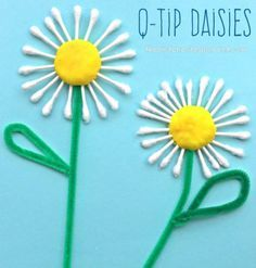 Q-tip Cotton swap daisies. Flower arts and crafts for kids. Great for summer or spring.