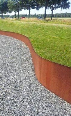 Garden design Florian Feth Rust Corten steel garden grate - design with rust Landscape Elements, Landscape Walls, Garden Landscape Design, Landscape Architecture, Metal Garden Edging, Garden Paths, Lawn And Garden, Steel Edging, Hillside Landscaping