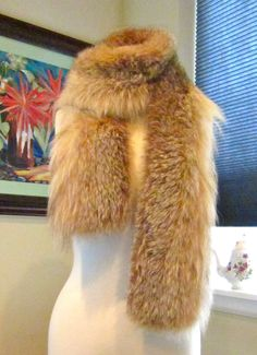 Love this scarf made from an old fur coat. Such a good idea to upcycle old furs!