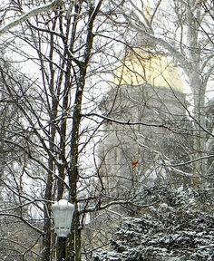 Winter scene. (adam_mcintosh/Flickr)