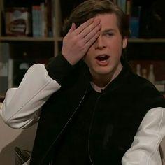 Chandler Riggs, The Walking Dead, Pretty Boys, Cute Boys, Twd Memes, Memes Humor, Youtubers, Friday Humor, Funny Friday