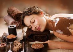 Körperpeeling selber machen - Rezepte mit Früchten und Kaffee