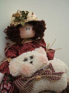 A Menina e a Ovelha!   Flickr – Compartilhamento de fotos! Softies, Handmade Toys, Teddy Bear, Cute, Pattern, Animals, Angeles, Handmade Rag Dolls, Fabric Dolls