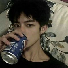 Korean Boys Ulzzang, Cute Korean Boys, Ulzzang Boy, New Rnb, Ullzang Girls, Imaginary Boyfriend, Daddy Aesthetic, Boy Photography Poses, Attractive People
