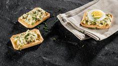 Snackersy z pastą tuńczykową