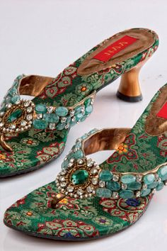 Gallery For > Sandals For Indian Wedding