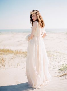 Beachy wedding gowns elegant bohemian beach weddings for summer–inspiration and ideas Bohemian Beach Wedding, Beach Wedding Inspiration, Boho Wedding Dress, Beach Weddings, Wedding Ideas, Boho Bride, Wedding Pictures, Trendy Wedding, Wedding Styles