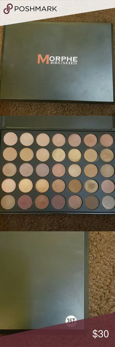 Morphe pallet 35 shades 7 matte, 28 shimmers .only swatched three to see  color..practical new morphe Makeup Eyeshadow