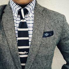 Suit - Gray Blazer - Navi Knit Tie - Men's Style