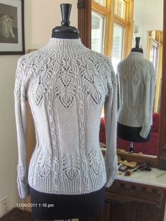 Ravelry: Project Gallery for #3 High-neck Pullover pattern by Hitomi Shida (志田 ひとみ)