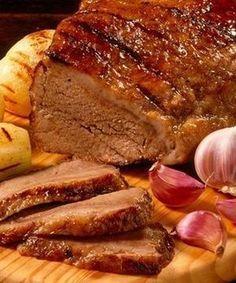 "Portuguese Delights: ""Picanha no Alho"". I Love Food, Good Food, Yummy Food, Carne Asada, Brazillian Food, Meat Recipes, Cooking Recipes, Meat Steak, Portuguese Recipes"
