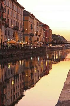 So many memories on the Naviglio grande in Milan. I can't believe it's already been a year. Missing Milano
