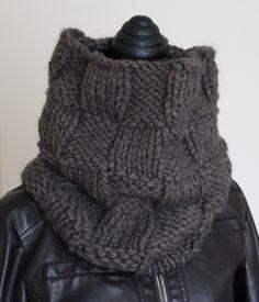 Scaldacollo unisex in lana grossa realizzato a maglia : Sciarpe, foulard, cravatte di la-pizia