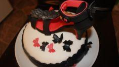 Jordbærkake - Pyntet med sko Marshmallow Fondant, Food And Drink