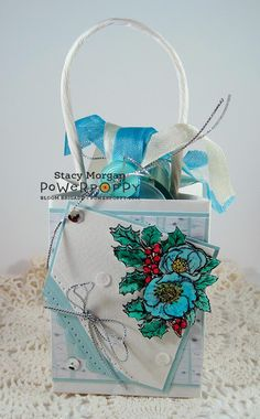 Twinshappy: Be Merry Gift bag and tags