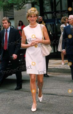 C/n 022750 6-6-1996 Northwestern Memorial Hospital , Chicago Princess Diana Photo by: Dave Chancellor-alpha-Globe Photos Inc