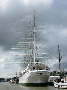 Suomen Joutsen ex Oldenburg ex Laennec.  Now preserved in Turku, Finland.  Originally a school ship.  Full-rigger.