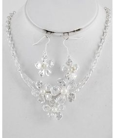 444032 Flower Necklace & Fish Hook Earring Set