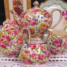Royal Winton Springtime tea set #chintz