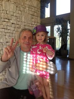Bret Hart His Granddaughter Kyra Beans Her Mother Is S Daughter