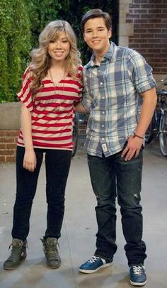 Jennette McCurdy & Nathan Kress from. Cute Teen Outfits, Outfits For Teens, Icarly Sam And Freddie, Nick Tv Shows, Icarly Cast, Jenette Mccurdy, Icarly And Victorious, Nathan Kress, Which Character Are You