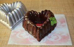 Bundt cake de chocolate a la hierbabuena