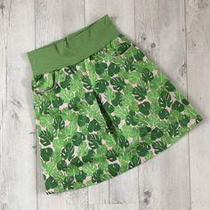 tolle amy im urban jungle style Amy, Trunks, Swimwear, Fashion, Oilcloth, Cotton Fabric, Skirt Sewing, Fabrics, Sewing Patterns