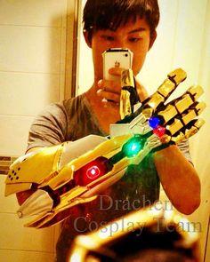 Yay finally i has finish Nova Infinity Gauntlet!! I craft this by craft foam…