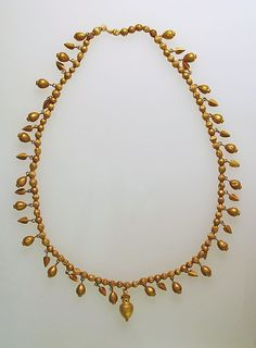 Gold necklace with pendants | Greek | Classical | The Met