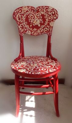 I am so going to do this to a chair.this one is: Reverse Red Toile Painted Chair ~ Art Scherer ~ Beautiful Living Hand Painted Furniture, Funky Furniture, Paint Furniture, Repurposed Furniture, Furniture Projects, Furniture Makeover, Hand Painted Chairs, Painted Stools, Furniture Inspiration