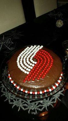 Portland trail blazer cake....be the ultimate fan with this homemade trail blazer birthday cake