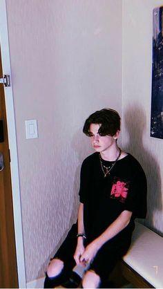 tik tok chicos payton moormeier wallpaper _ payton moormeier _ tik tok _ e-boy _ iPhone wallpaper _ wallpaper for Android _ American boys _ _ _ _ _ _ _ Young Cute Boys, Cute Teenage Boys, My Boys, Carter Reynolds, Beautiful Boys, Pretty Boys, Teenage Boy Fashion, Taylor Caniff, My Future Boyfriend