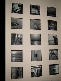 Zdjęcia z wakacji.....zamiast ramek - kartoniki oklejone czarnym brystolem i przyklejone do ściany taśmą dwustronną.