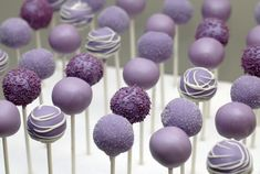 Cake pops purple bridal shower 35 Ideas for 2019 Lila Cake Pops, Purple Cake Pops, Purple Cakes, Purple Wedding Cakes, Lilac Wedding, Trendy Wedding, Wedding Flowers, Purple Desserts, Wedding Cake Pops