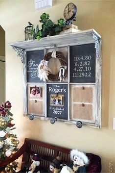 Old Window Frames DIY Ideas and Window Frame Crafts - Involvery : Old Window Chalkboard DIY Instructions and Video Tutorial - Old Windows Crafts Ideas Window Frame Crafts, Old Window Projects, Window Frames, Window Frame Ideas, Frames Ideas, Window Frame Decor, Old Window Panes, Window Shelves, Window Art