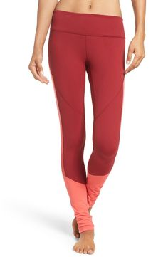 In love with these ultra-stretchy Zella leggings featuring heat-venting mesh insets.
