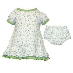 Each petal on the shamrock brings a wish your way for good health, good luck and happiness for today and every day.  The perfect start to any girls wardrobe, this adorable dress with matching pants are perfect for your little princess on a special day.  With polka dot trim in emerald green.100% cotton.
