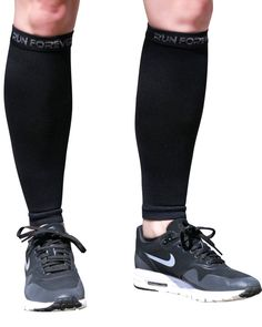 d35e164cb4 Calf Compression Sleeves Leg Compression Socks for Runners Shin Splint  Varicose Vein & Calf Pain Relief Calf Guard Great for Running Cycling  Maternity ...
