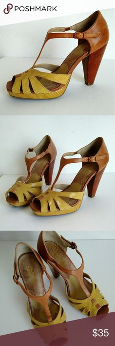 KENNETH COLE REACTION Leather heel sandals bicolor Kenneth Cole Reaction mustard yellow and brown leather shoes with chunky heels. Size 5.5. Unique. Kenneth Cole Reaction Shoes Heels