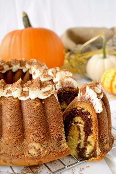 Tiramisu Bundt Cake - English recipe included