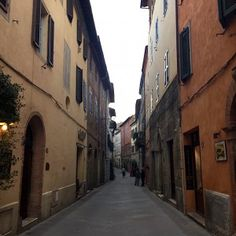 sisters in travel-tour por montalcino-montalcino-itália-ruas