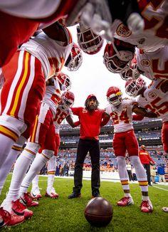 Kansas City Chiefs Mobile: Kc Football, Nfl Football Players, Football Design, American Football, Kc Cheifs, Eric Berry, Superbowl Champions, Kansas City Chiefs Football, Kansas City Missouri