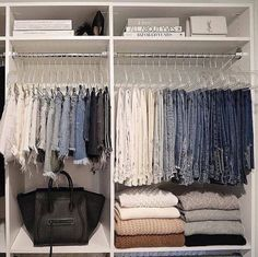 Wardrobe Organisation, Closet Organization, Clothing Organization, Organization Ideas, Room Ideas Bedroom, Bedroom Decor, Clean Bedroom, Bedroom Wardrobe, Aesthetic Room Decor