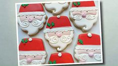 Flour Box Bakery: Day 1 of 12 Days of Cookie Videos: How to Decorate a Santa Cupcake Cookie Cookies Cupcake, Santa Cupcakes, Santa Cookies, Christmas Sugar Cookies, Iced Cookies, Royal Icing Cookies, Cookies Et Biscuits, Holiday Cookies, Christmas Desserts