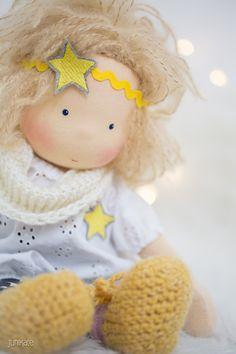 Ein Blog über Junikate-Puppen, Waldorfpuppen, Waldorf dolls, Schmusepuppen, Puppen, Stoffpuppen
